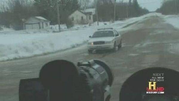 Ice Road Truckers - Season 5 Episode 13: Ice Rogue Truckers