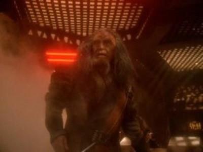 Star Trek: Deep Space Nine - Season 7 Episode 7: Once More Unto The Breach