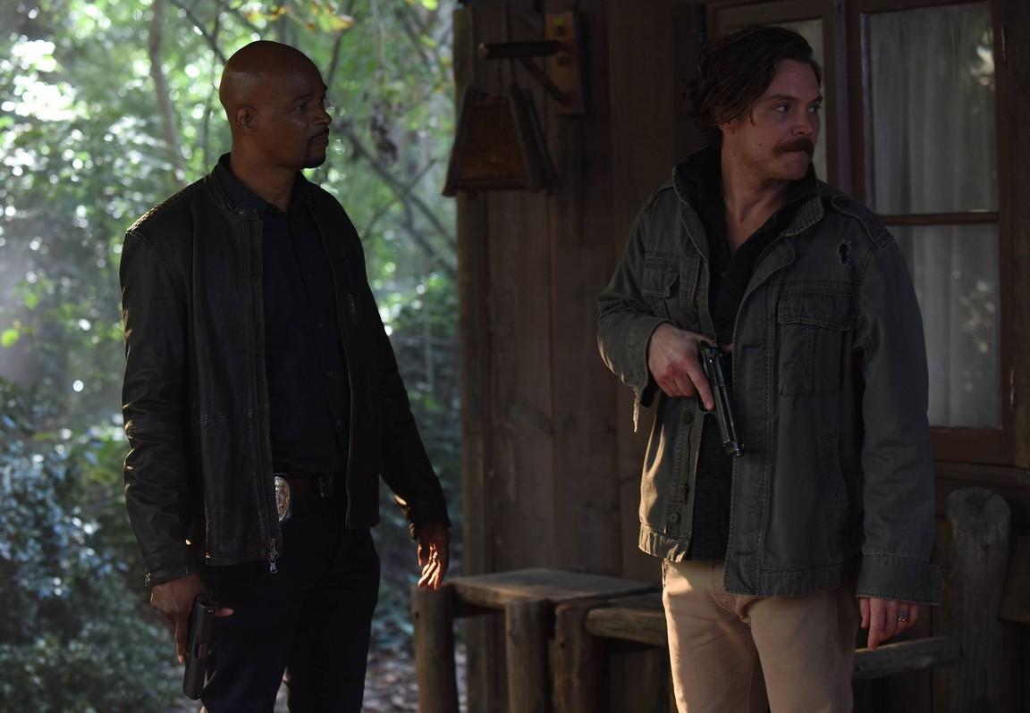 Lethal Weapon - Season 1 Episode 18: Commencement