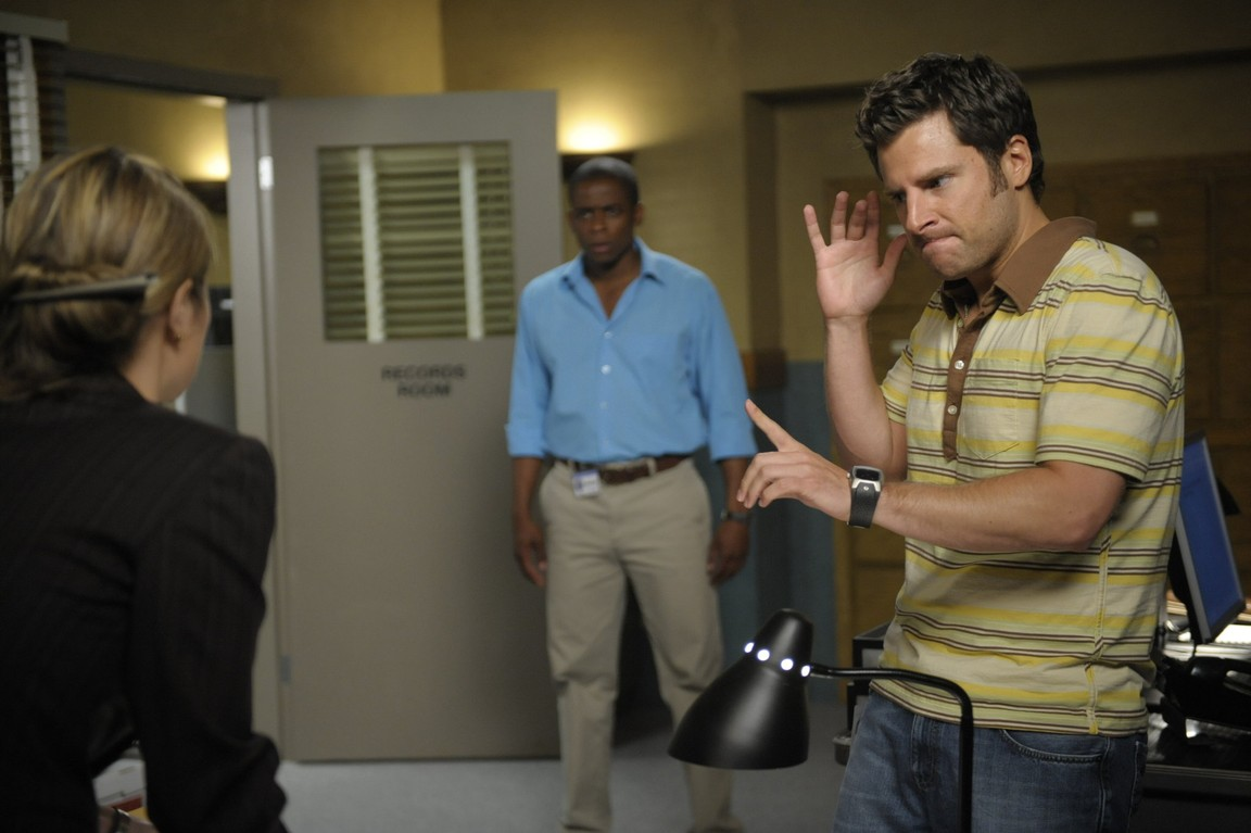 Psych - Season 3 Episode 11: Lassie Did a Bad Bad Thing