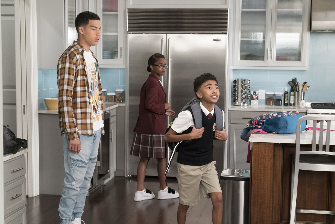 Black-ish - Season 4 Episode 20: Fifty-Three Percent