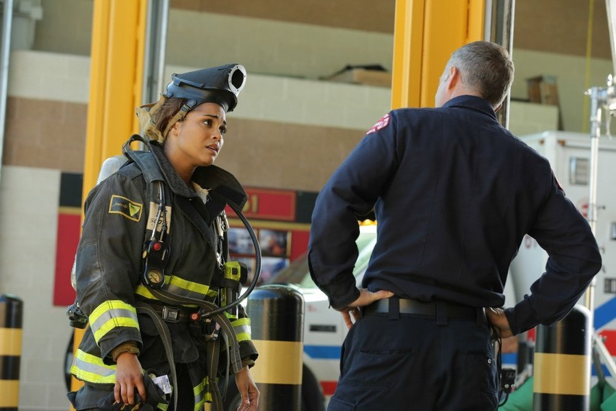 Chicago Fire - Season 3 Episode 06: Madmen and Fools