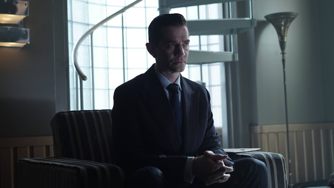 Gotham - Season 2 Episode 8: Tonight's the Night