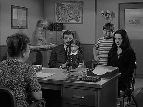The Addams Family - Season 1 Episode 01: The Addams Family Goes to School