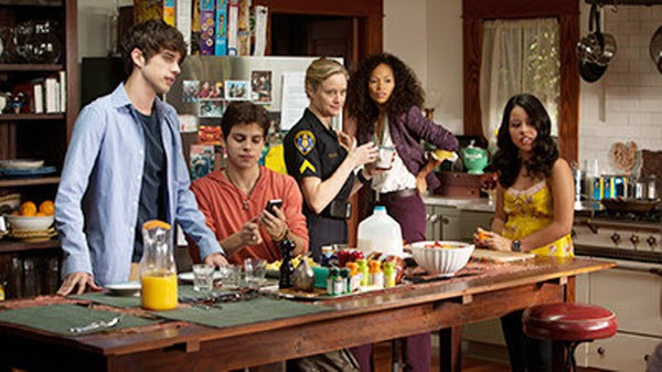 The Fosters - Season 1 Episode 01: Pilot