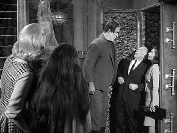 The Munsters - Season 2 Episode 32: A Visit from the Teacher