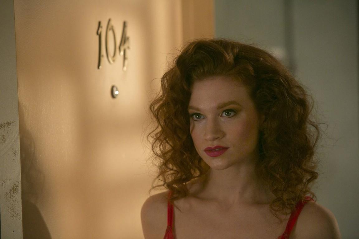 Room 104 - Season 1 Episode 06: Voyeurs