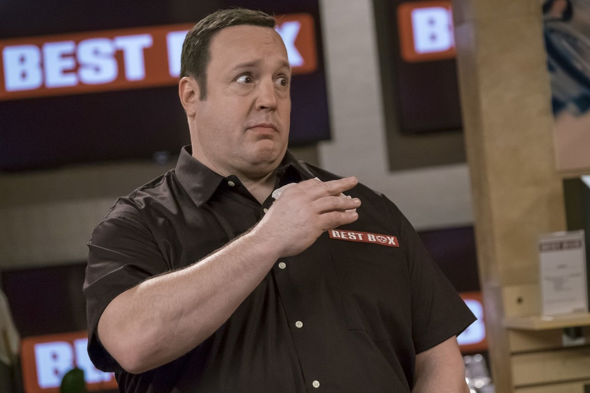 Kevin Can Wait - Season 1 Episode 19: Showroom Showdown