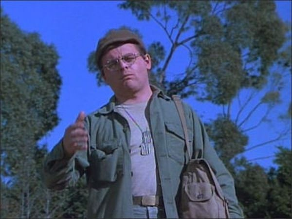 M*A*S*H - Season 4 Episode 23: The More I See You