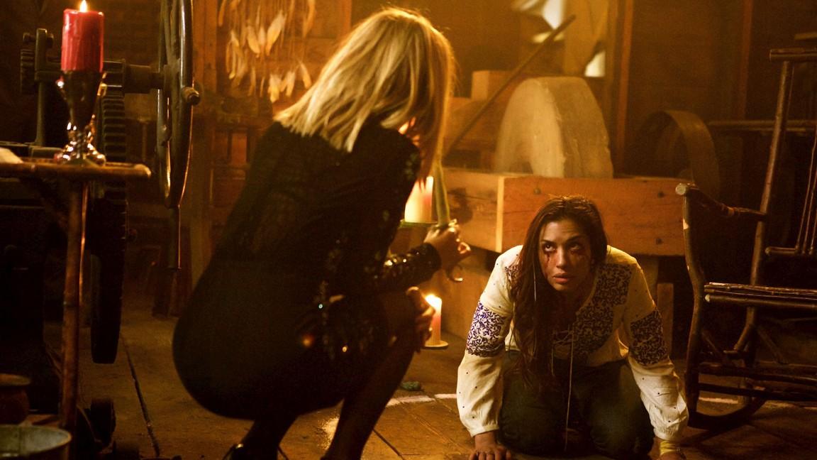 Wynonna Earp - Season 1 Episode 07: Walkin' After Midnight