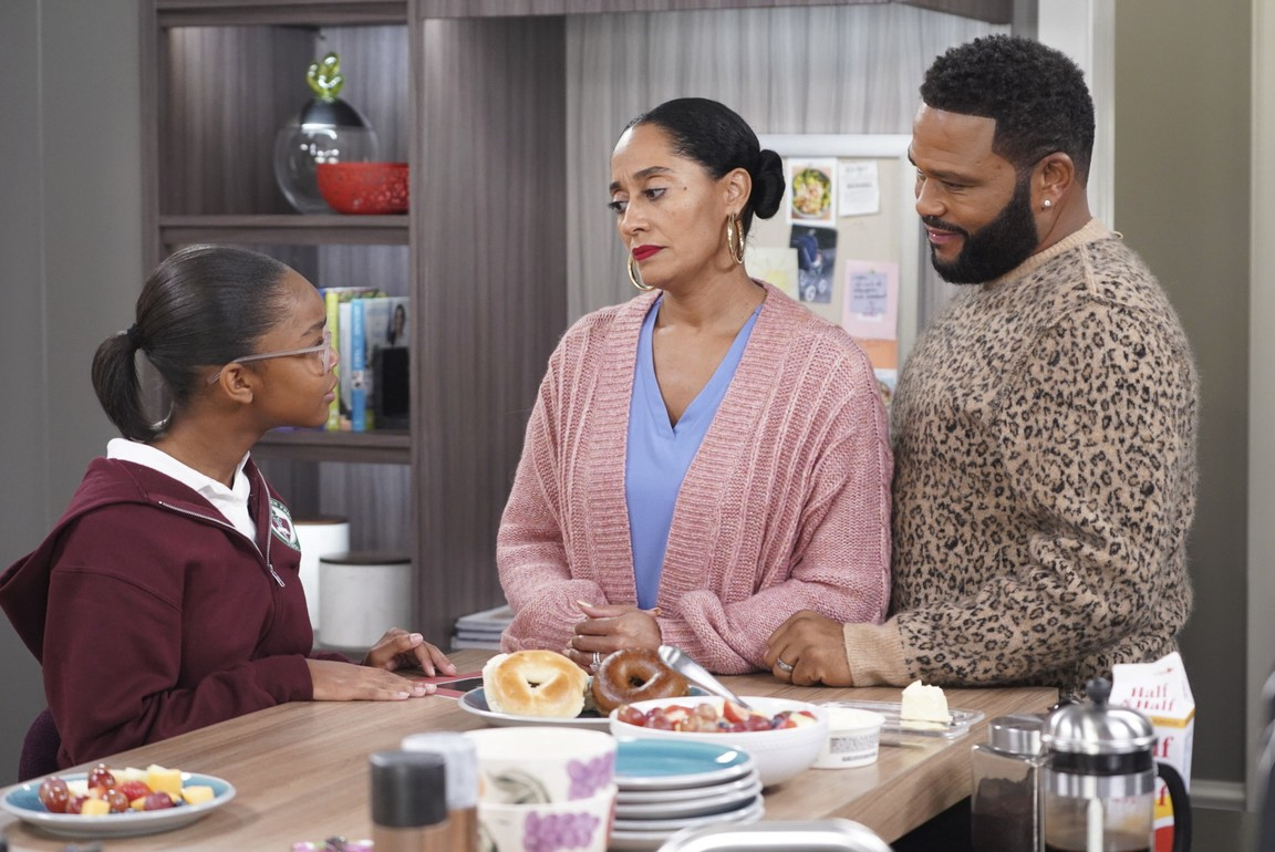 Black-ish - Season 5 Episode 10: Black Like Us