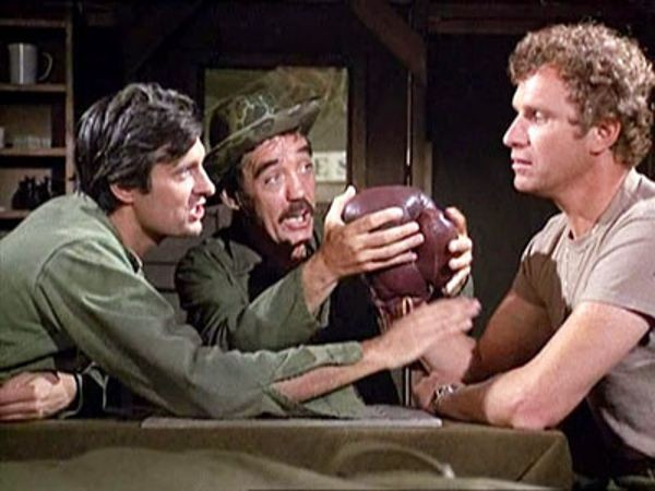 M*A*S*H - Season 1 Episode 03: Requiem for a Lightweight
