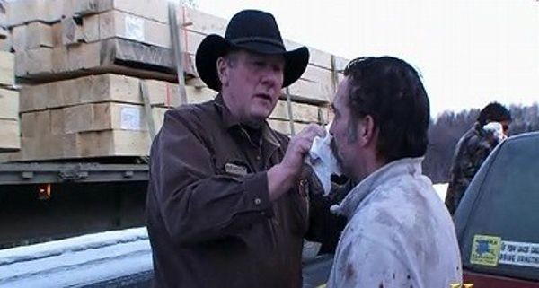 Ice Road Truckers - Season 4 Episode 09: Blood on the Dalton