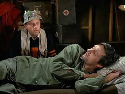 M*A*S*H - Season 1 Episode 21: Sticky Wicket