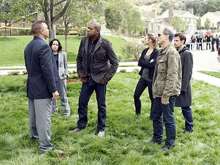 Criminal Minds: Suspect Behavior - Season 1 Episode 01: Two Of A Kind