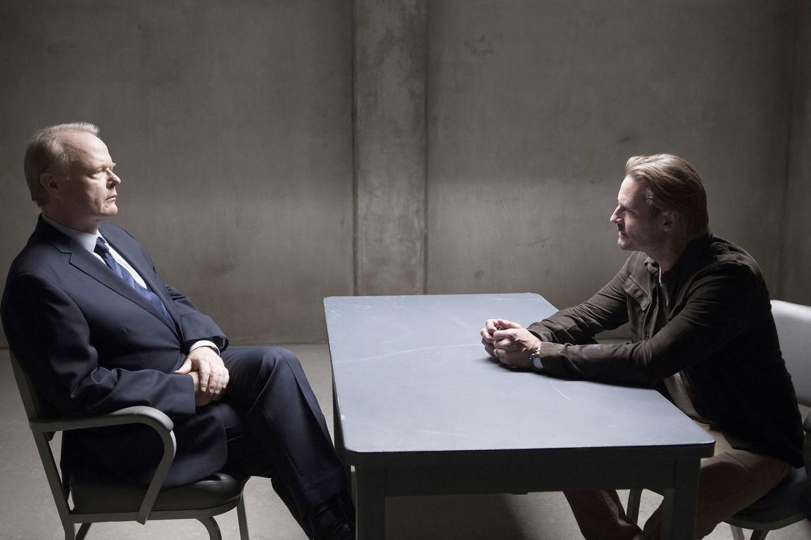 Colony - Season 2 Episode 05: Company Man