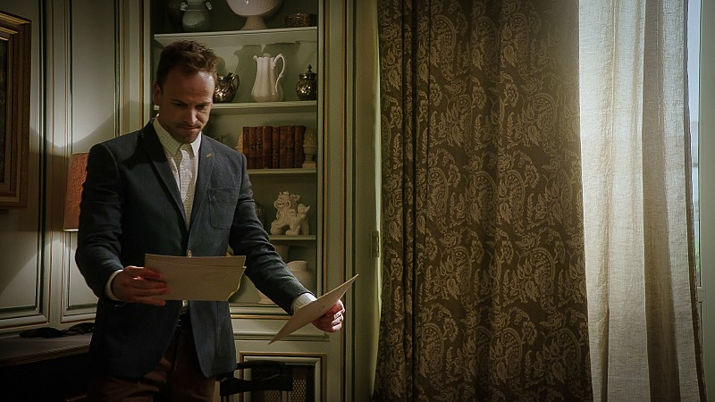 Elementary - Season 4 Episode 01: The Past is Parent