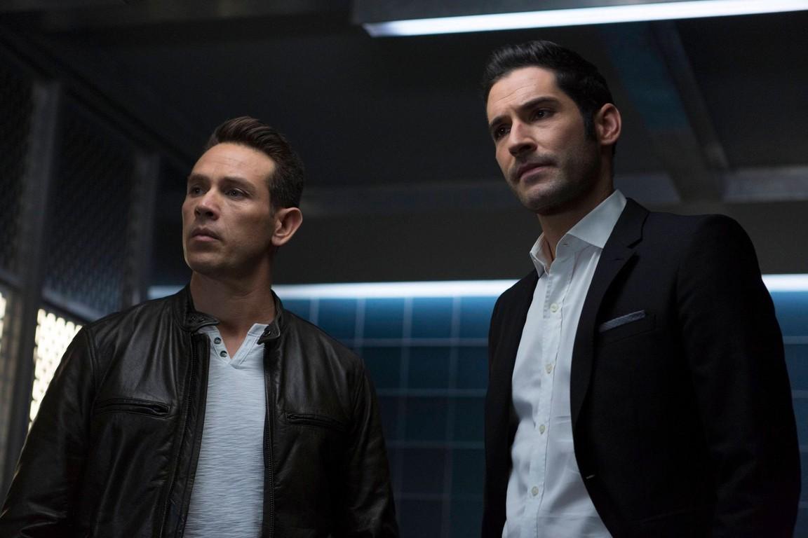 Lucifer - Season 2 Episode 11: Stewardess Interruptus
