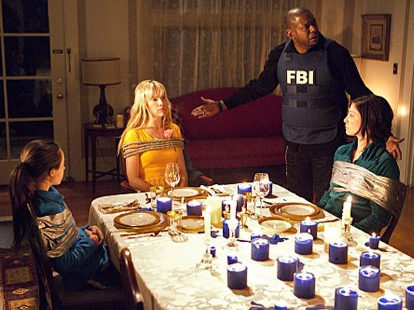 Criminal Minds: Suspect Behavior - Season 1 Episode 06: Devotion