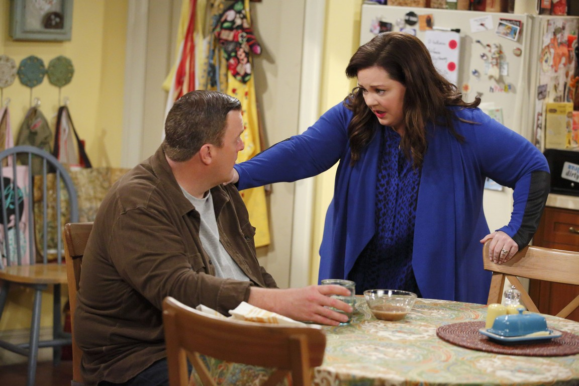 Mike & Molly - Season 5 Episode 12: The World According to Peggy