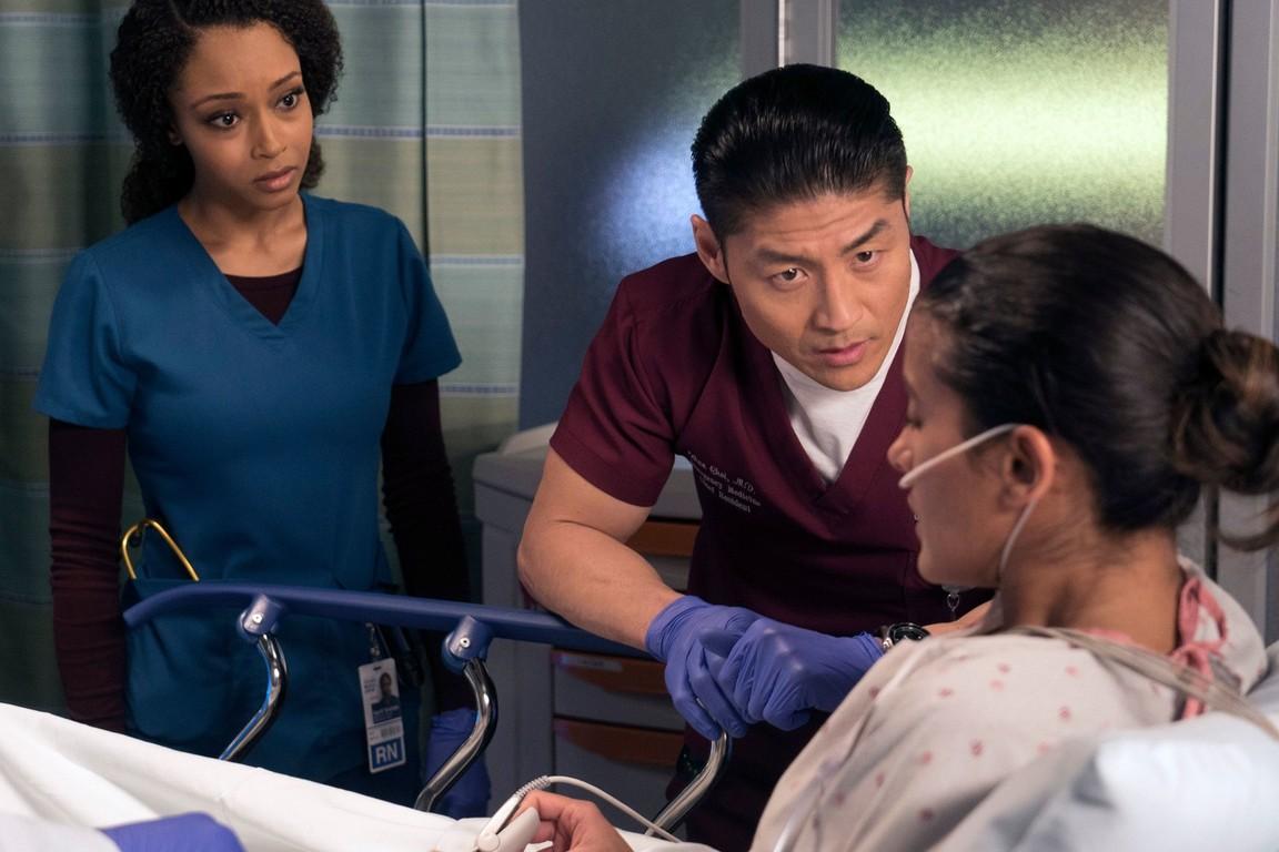 Chicago Med - Season 2 Episode 16: Prisoner's Dilemma