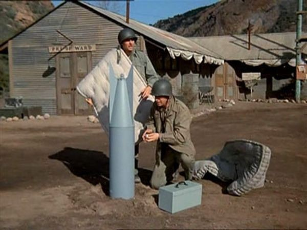 M*A*S*H - Season 1 Episode 20: The Army-Navy Game