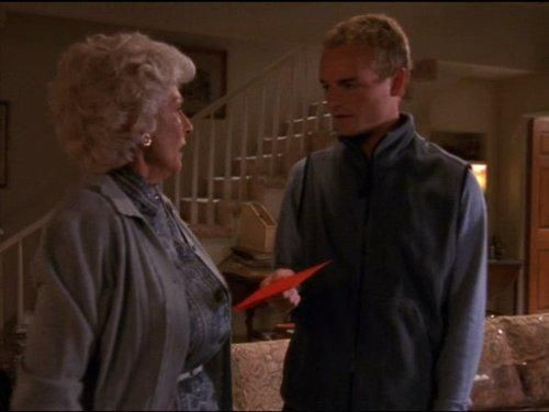 Malcolm in The Middle - Season 3 Episode 07: Christmas