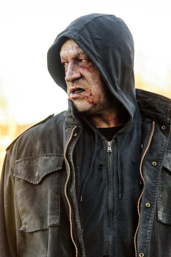 Van Helsing - Season 1 Episode 03: Stay Inside
