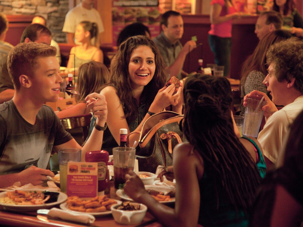 Shameless - Season 2 Episode 03: Ill Light a Candle for You Every Day