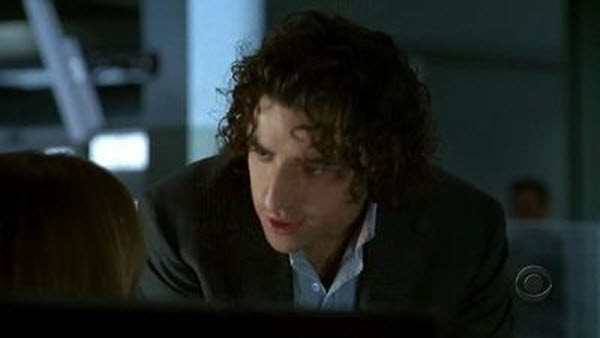 Numb3rs - Season 2 Episode 08: In Plain Sight