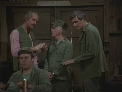 M*A*S*H - Season 9 Episode 16: The Red/White Blues