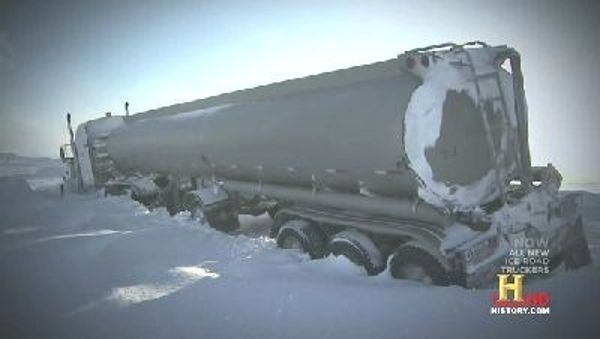 Ice Road Truckers - Season 5 Episode 03: Wrong Turn & Burned