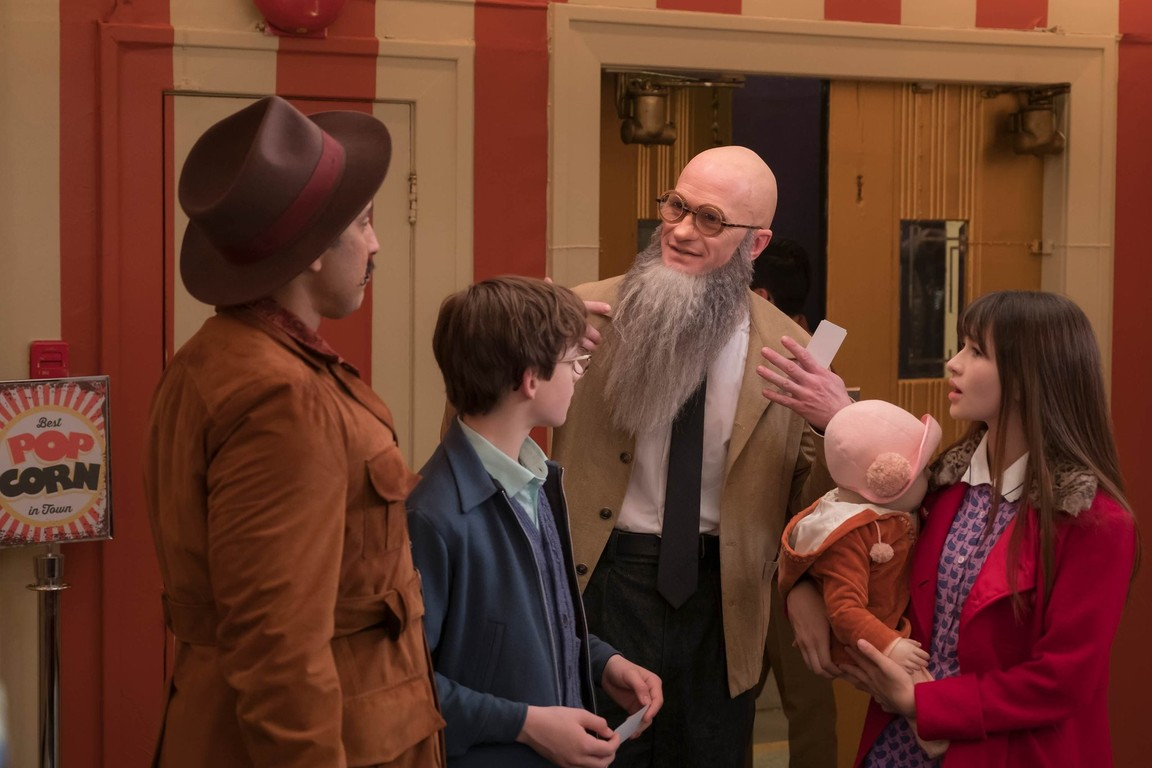 A Series of Unfortunate Events - Season 1 Episode 03: The Reptile Room: Part One