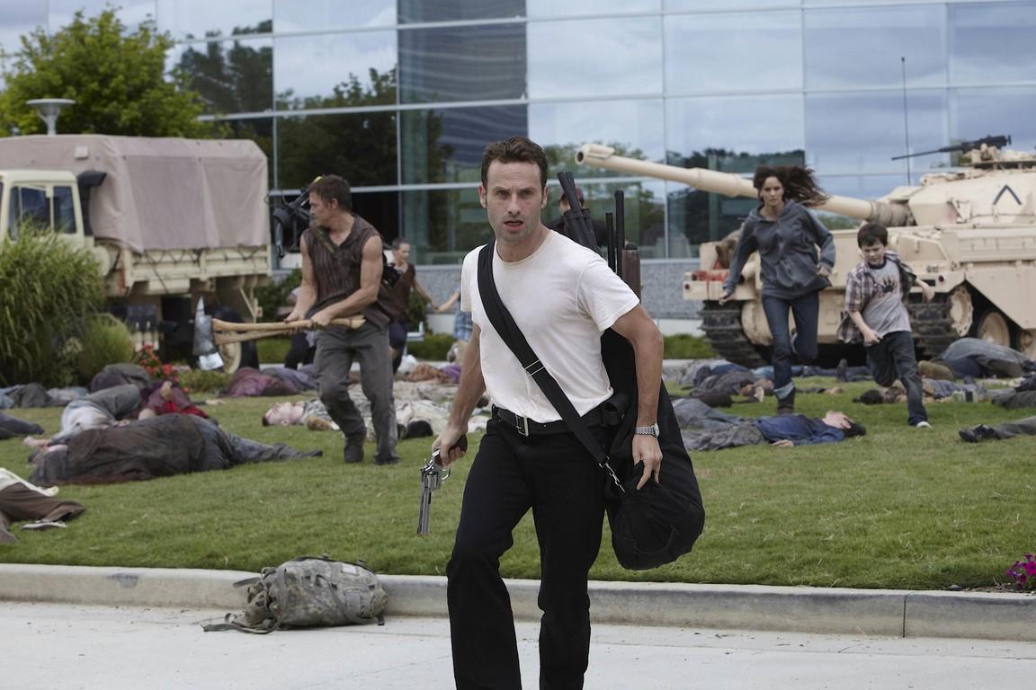 The Walking Dead - Season 1 Episode 06: TS-19