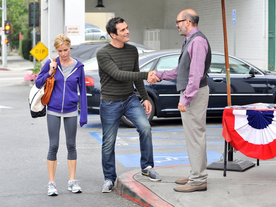 Modern Family - Season 3 Episode 05: Hit and Run