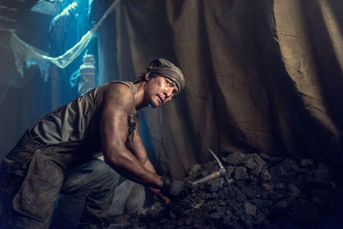 Into the Badlands - Season 2 Episode 01: Tiger Pushes Mountain
