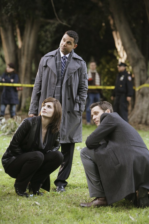 Castle - Season 2 Episode 16: The Mistress Always Spanks Twice