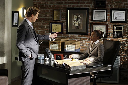 The Mentalist - Season 2 Episode 17 : The Red Box