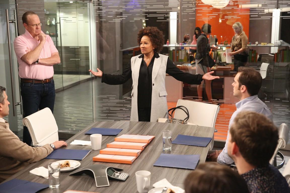 Black-ish - Season 2 Episode 09: Man At Work
