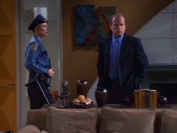 Frasier - Season 7 Episode 20: To Thine Old Self Be True