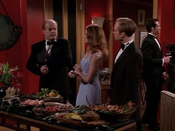 Frasier - Season 5 Episode 23: Party, Party