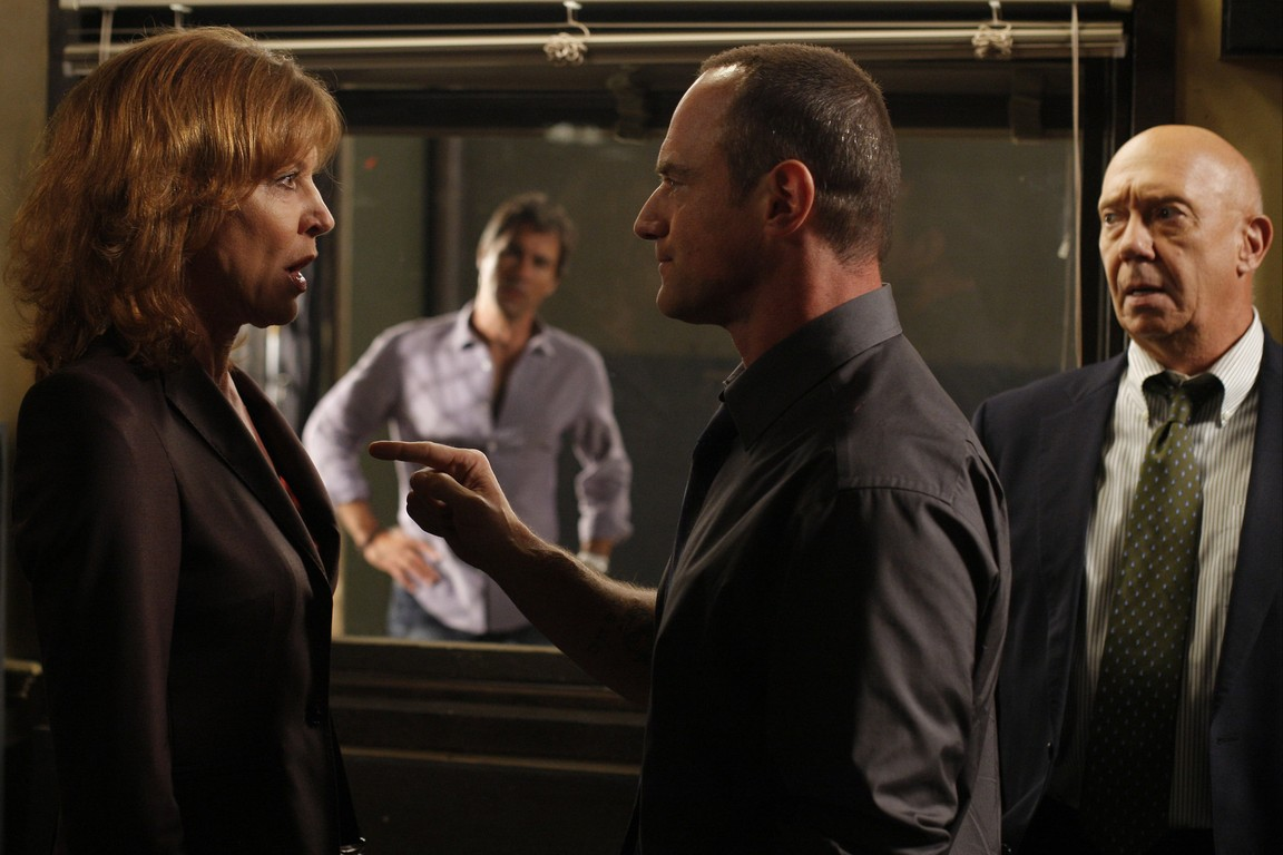 Law & Order: Special Victims Unit - Season 11 Episode 02: Sugar