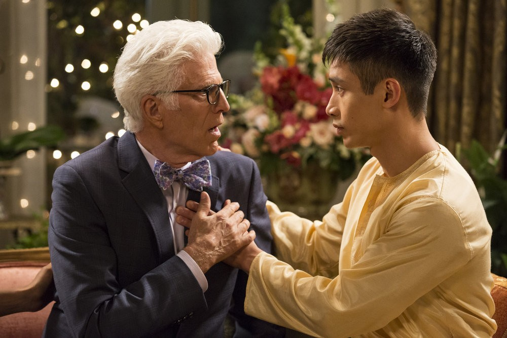 The Good Place - Season 1 Episode 01-02: Everything is Fine - Flying