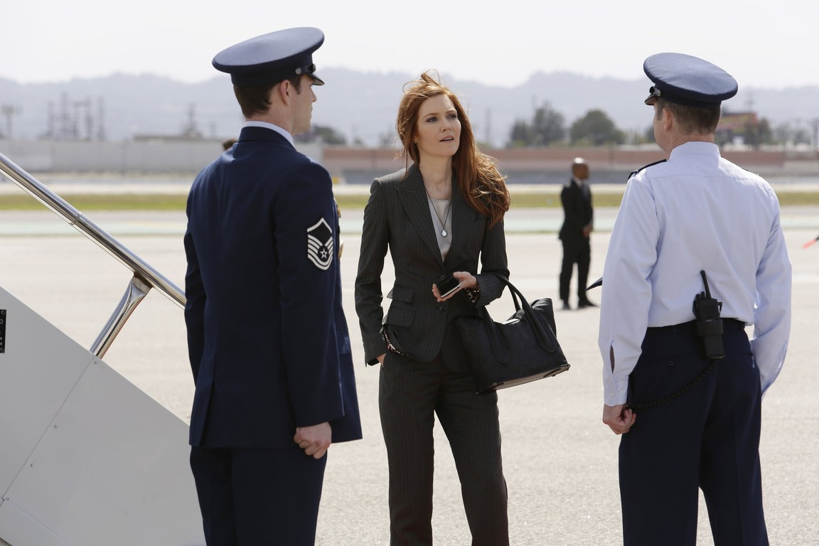 Scandal - Season 5 Episode 19: Buckle Up