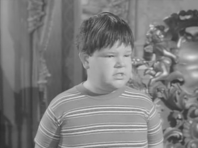 The Addams Family - Season 2 Episode 21: Pugsley's Allowance