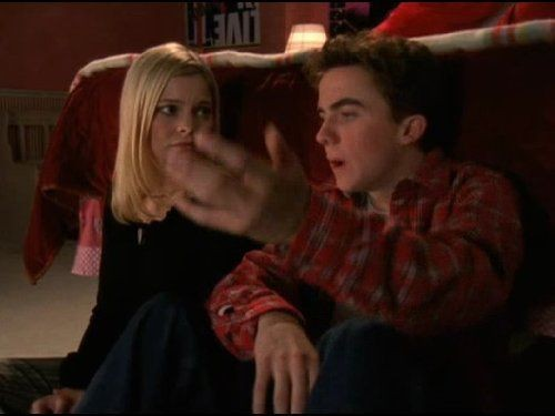 Malcolm in The Middle - Season 4 Episode 12: Kicked Out