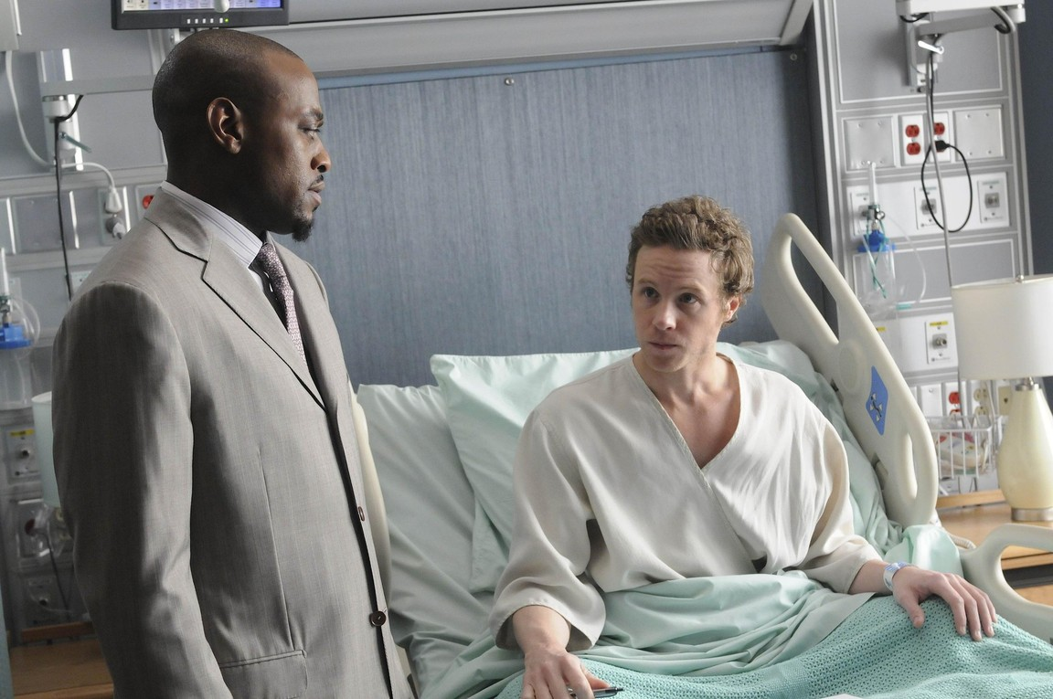 House M.D. - Season 5 Episode 24: Both Sides Now