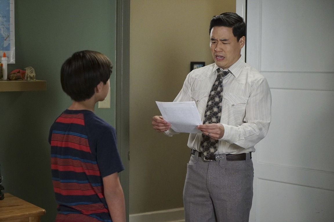 Fresh Off the Boat - Season 2 Episode 23: The Manchurian Dinner Date