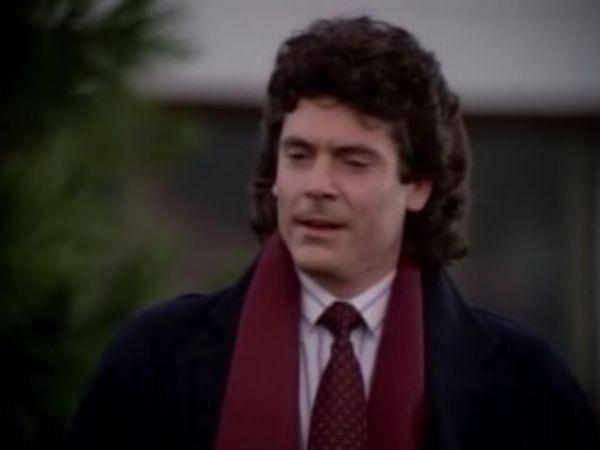 MacGyver - Season 4 Episode 12: The Challenge