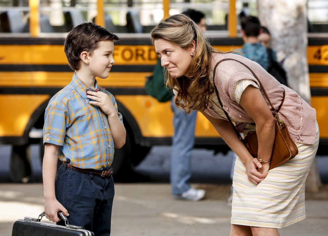 Young Sheldon - Season 1 Episode 02: Rockets, Communists, and the Dewey Decimal System